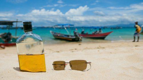 How many bottles can I bring back from holidays?